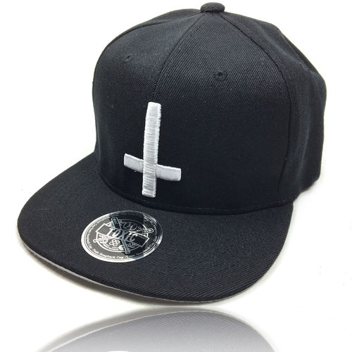 SWITCHED CROSS Snapback Cap