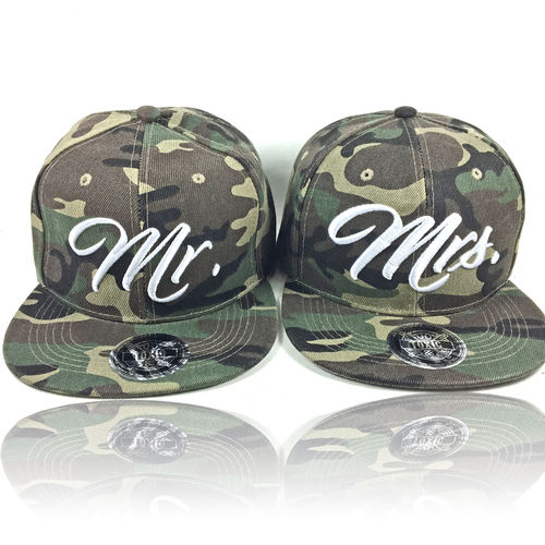 SET Mr. & Mrs Partner Caps (2 Caps) Camo
