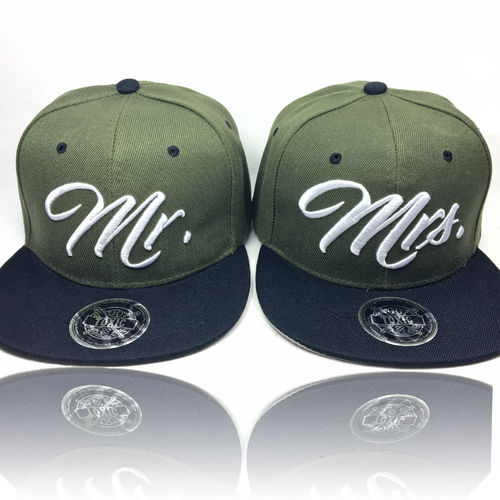 SET Mr. & Mrs Partner Caps (2 Caps) Olive/Black